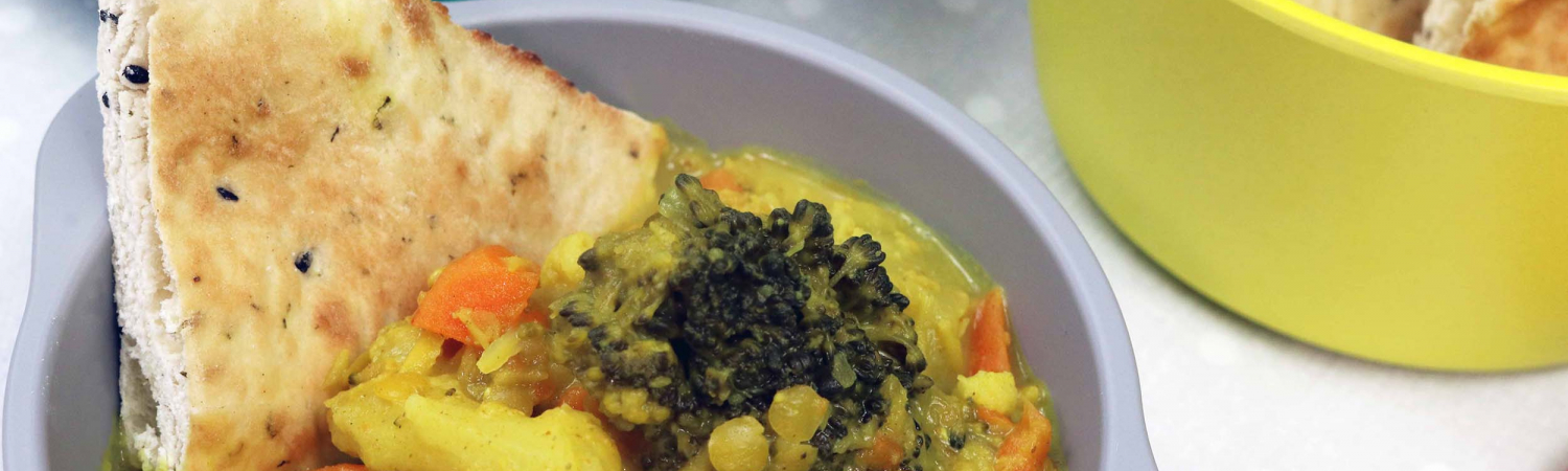 Cauliflower and coconut curry